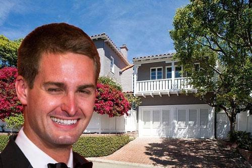 Tháng 11/2014, Spiegel chi 3,3 triệu USD để sở hữu căn biệt thự đầu tiên của mình. Ngôi nhà 3 phòng ngủ này tọa lạc tại khu Brentwood, thành phố Los Angeles. Ảnh: Reuters.