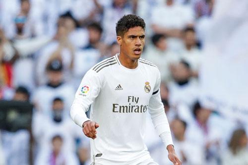 9. Raphael Varane (Real Madrid, 80 triệu euro).