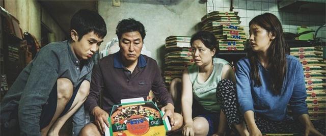 """Nghệ sĩ Việt bày tỏ cảm xúc khi """"Ký sinh trùng"""" thắng lớn tại Oscar 2020 - 1"""