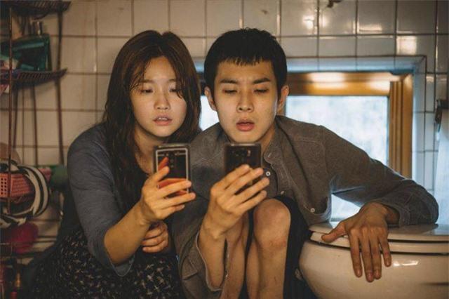 """Nghệ sĩ Việt bày tỏ cảm xúc khi """"Ký sinh trùng"""" thắng lớn tại Oscar 2020 - 2"""