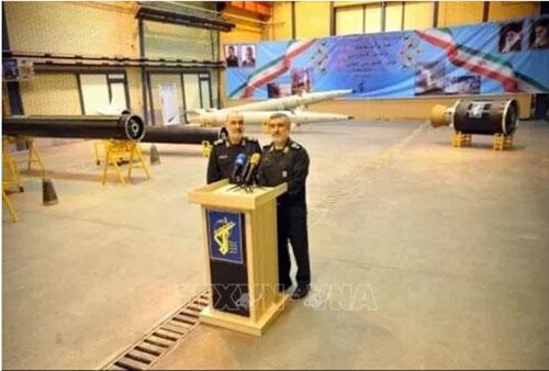 Lễ ra mắt tên lửa đạn đạo và động cơ thế hệ mới tại Tehran, Iran. Ảnh: IRNA/TTXVN.