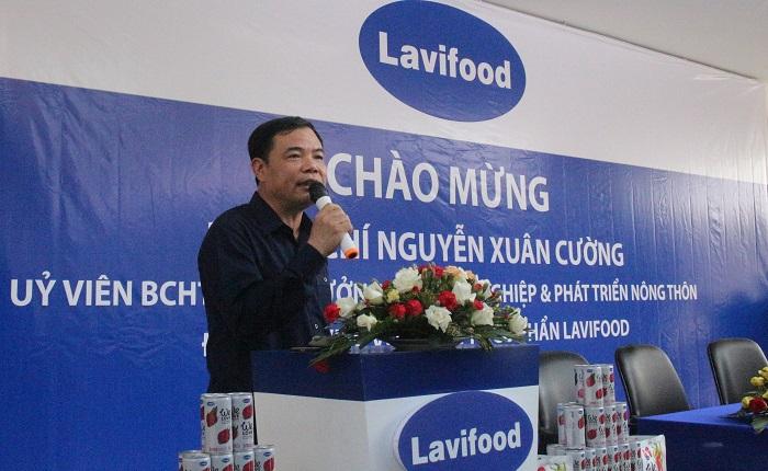 Bộ trưởng Nguyễn Xuân Cường đã kêu gọi sự chung tay của toàn xã hội đồng hành cùng người nông dân