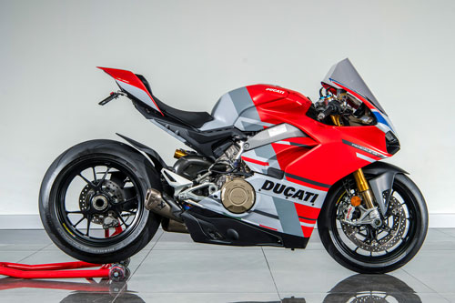 Ducati Panigale V4 S Red.
