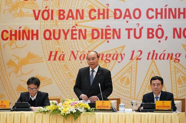Thủ tướng Nguyễn Xuân Phúc phát biểu tại Hội nghị  Ủy ban Quốc gia về Chính phủ điện tử với Ban chỉ đạo Chính phủ điện tử. Nguồn ảnh: VGP