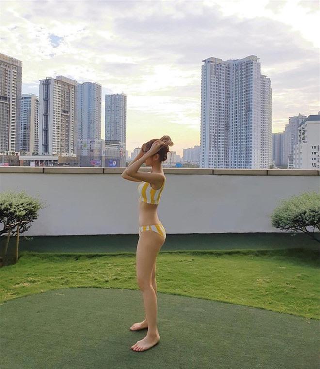Min đăng ảnh diện bikini khoe vòng 1 nóng bỏng - ảnh 8