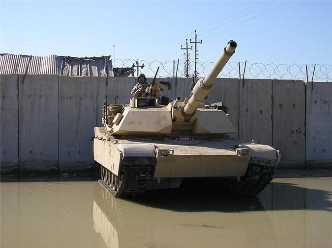 Dan xuyen giap cua Nga ha guc xe tang M1A2 My tu 2km: Su that hay