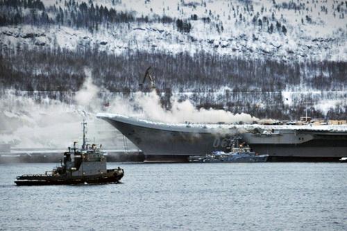 Chi phí sửa chữa tàu sân bay Đô đốc Kuznetsov sau vụ hỏa hoạn tương đương đóng mới một tàu ngầm hạt nhân. Ảnh: Regnum.