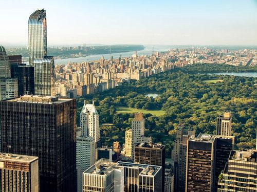 Năm 2014, bà mua một căn hộ 2 tầng sang trọng ở trung tâm thành phố New York với giá 25 triệu USD. Ảnh: Shutterstock.
