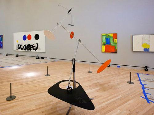 Alice đã mở một bảo tàng có tên Crystal Bridges vào năm 2011 để lưu giữ bộ sưu tập nghệ thuật trị giá 500 triệu USD mà bà sở hữu. Ảnh: AP.
