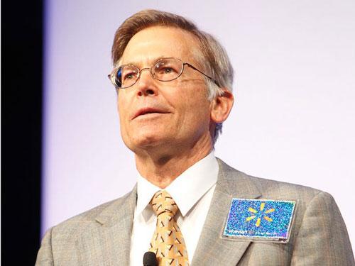 Người con trai thứ 3 là Jim Walton, hiện là chủ tịch hội đồng quản trị của ngân hàng Arvest mà gia đình giàu có này sở hữu. Vị trí trong ban lãnh đạo Walmart mà ông nắm giữ đã được con trai ông - Steuart Walton - thay thế vào năm 2016. Ảnh: Walmart.