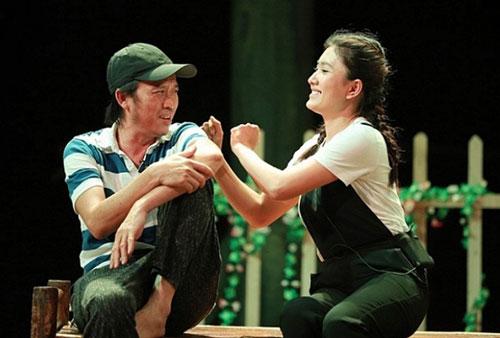 Danh hài Hoài Linh vừa tái xuất ở vở kịch Tết Canh Tý vừa qua