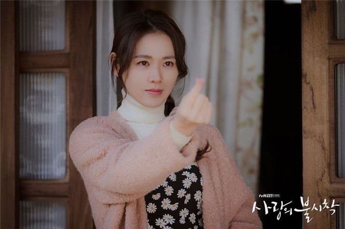 "nhan sac khong tuoi cua  ""chi dep"" son ye jin trong ""ha canh noi anh"" hinh 5"