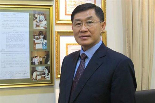 4 đại gia Việt giàu kếch xù, mạnh tay bỏ ra hàng trăm tỷ đồng xây biệt thự dát vàng - 1