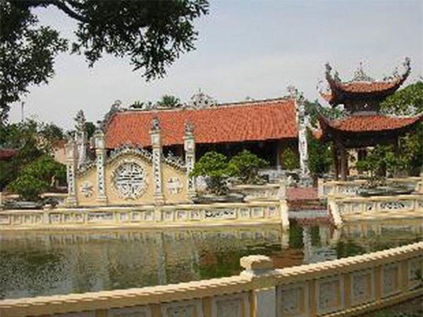 4 đại gia Việt giàu kếch xù, mạnh tay bỏ ra hàng trăm tỷ đồng xây biệt thự dát vàng - 6