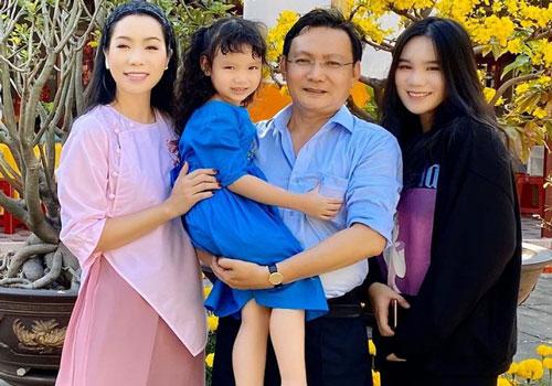 Hiền Mai cùng bạn bè đến thăm biệt thự 200 m2 của Trịnh Kim Chi