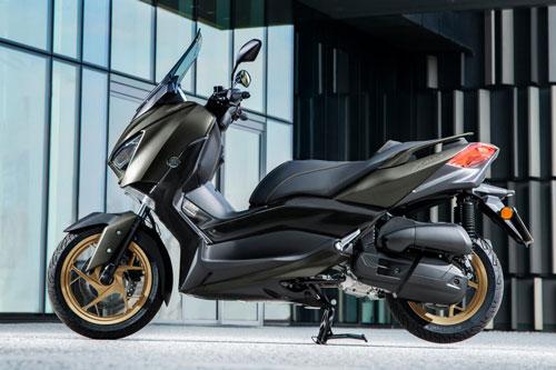 9. Yamaha XMax 400 Tech Max 2020 (giá: 7.199 euro).