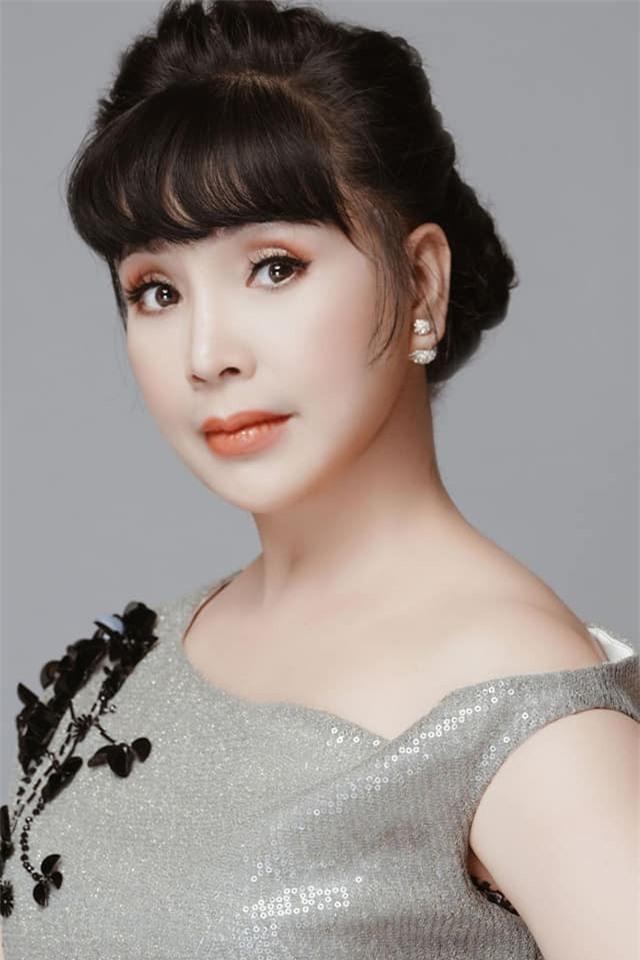 """Nhan sac """"Em be Ha Noi"""" Lan Huong: Xinh nhu mong den cung do nhu bup be-Hinh-10"""