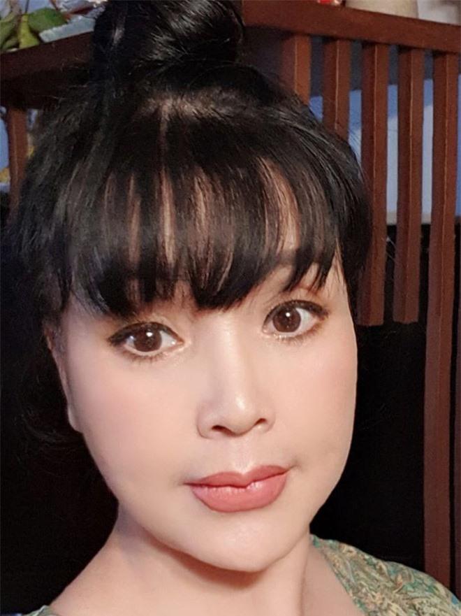 """Nhan sac """"Em be Ha Noi"""" Lan Huong: Xinh nhu mong den cung do nhu bup be-Hinh-13"""