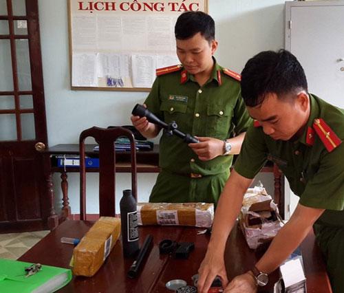 Đắk Nông: Thiết bị lắp súng và 500 viên đạn được mua bán, chuyển qua bưu điện