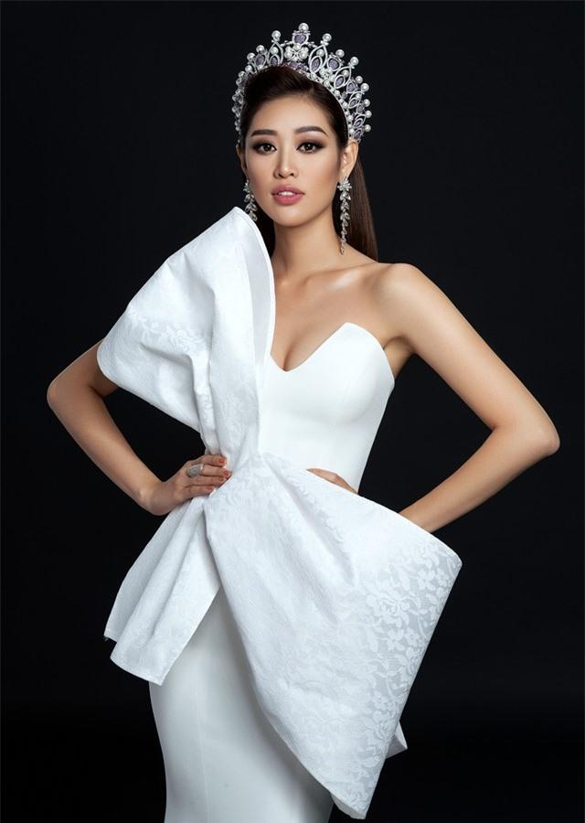 Hoa hậu Khánh Vân công bố bộ ảnh beauty đầu tiên sau đăng quang - Ảnh 1.