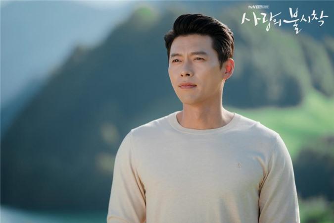 Hyun Bin và Son Ye Jin tình bể tình trong loạt ảnh hậu trường - Ảnh 3.