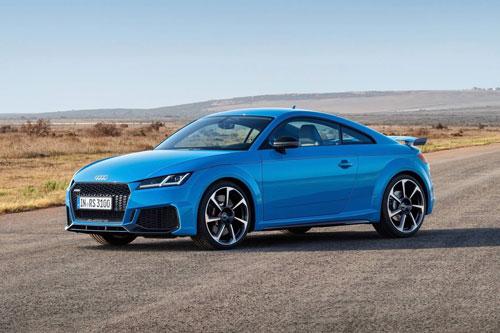 7. Audi TT RS (giá khởi điểm: 67.895 USD, công suất tối đa: 400 mã lực).