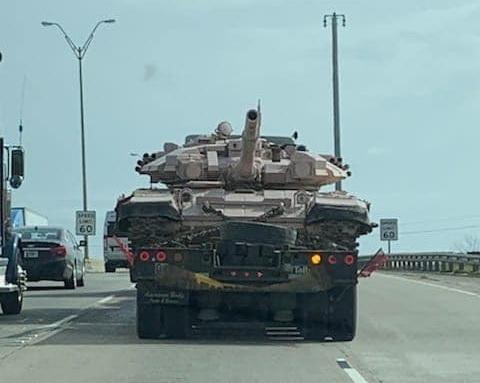 Chiếc xe tăng chiến đấu chủ lực được cho là T-90 xuất hiện trên đất Mỹ