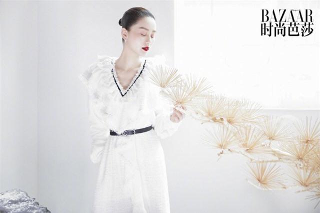 Ấn phẩm thời trang đầu tiên Lưu Thi Thi góp mặt sau thời gian ở ẩn đã xuất hiện - Ảnh 8.