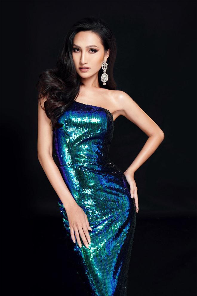 Bộ ảnh mới của Hoài Sa trước thềm Miss International Queen 2020: Thần thái, sắc vóc đúng chuẩn Hoa hậu đây rồi! - Ảnh 8.
