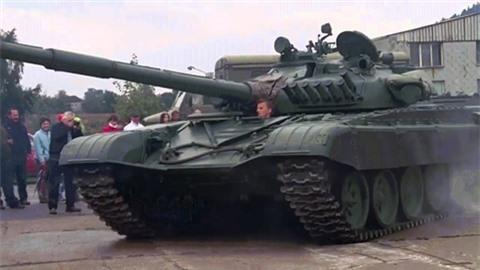Su that khong ngo ve xe tang T-90 xuat hien tai My