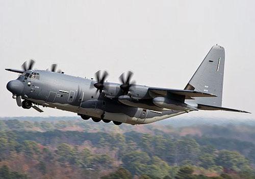 'Chim ưng xám' MC-130J Mỹ bất ngờ 'gửi thông điệp rắn' tới Trung Quốc