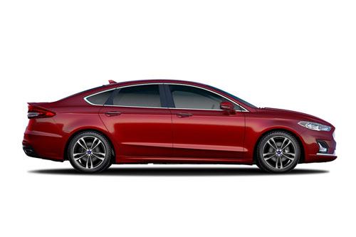 1. Ford Fusion 2020 (giá khởi điểm: 24.165 USD).