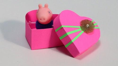 Clip: Hướng dẫn cách làm hộp quà đơn giản, đẹp mắt