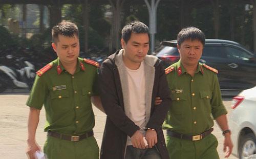 Đắk Lắk: Khởi tố kẻ đóng giả Grab đâm mẹ người tình trọng thương