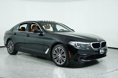 7. BMW Series 5 2020 (giá khởi điểm: 54.895 USD).