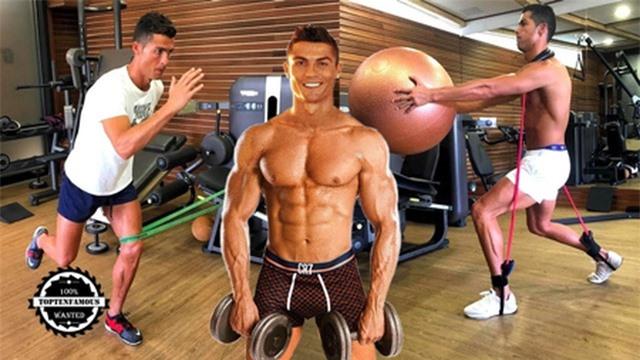 """C.Ronaldo gây """"bão"""" với loạt ảnh khoe thân dầm nước đá đầy ấn tượng - 2"""