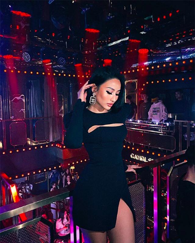 Vóc dáng đỉnh cao như người mẫu bikini của cựu hot girl số 1 Sài Gòn - 6