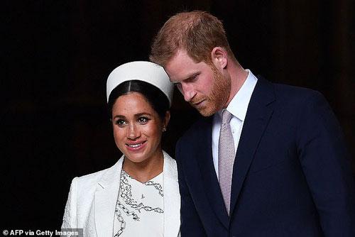 Hoàng tử Harry và Meghan Markle