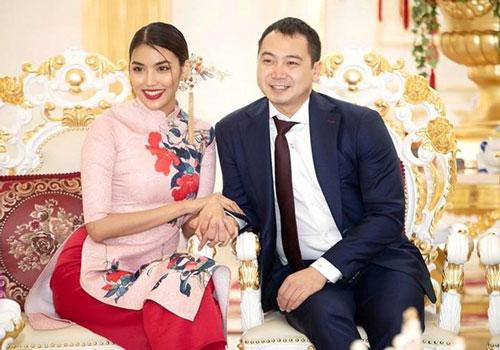 Vợ chồng Lan Khuê