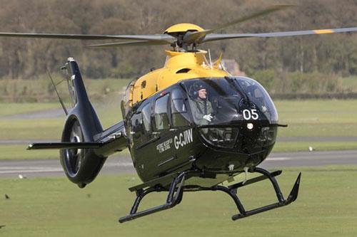Trực thăng huấn luyện H135 do hãng Airbus Helicopters chế tạo. Nguồn: Crown Copyright.