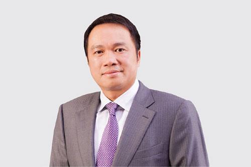 4. Hồ Hùng Anh (Chủ tịch ngân hàng Techcombank) tổng giá trị tài sản: 1,3 tỉ USD. Ảnh: Zing.vn.