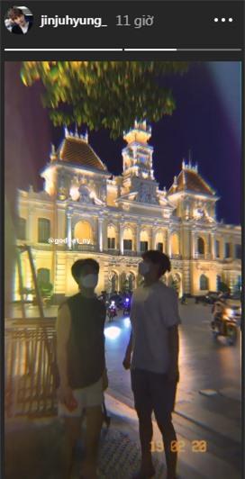 Bạn trai tin đồn của Chi Pu khoe ảnh đang vi vu tại Sài Gòn cùng một người bạn thân…