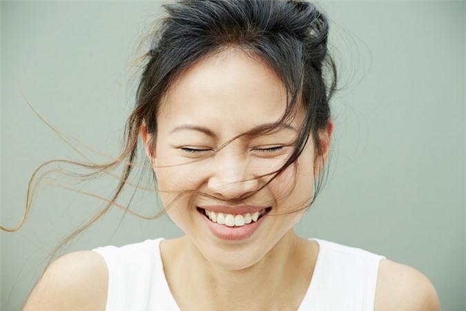 Người phụ nữ có 4 đặc điểm này chính là giúp chồng an tâm làm giàu, nam nhân lấy được nằm mơ cũng cười hạnh phúc  - Ảnh 1