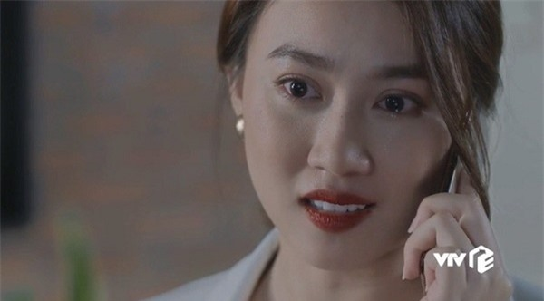 Nhan sắc của nữ diễn viên bị bạn đòi đánh vì quá xinh, khiến các nam sinh mê mẩn