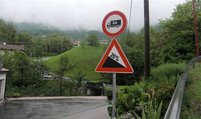 1001 thắc mắc: Sao không làm đường thẳng tắp lên đỉnh núi? - ảnh 1