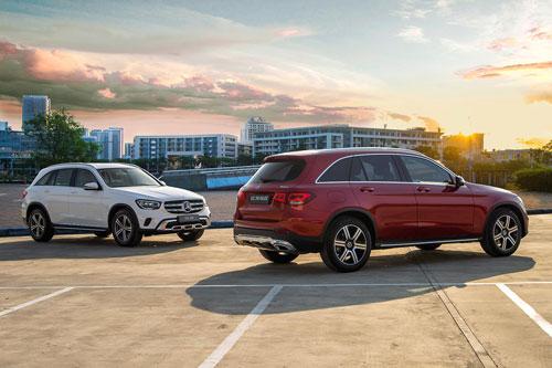 Mercedes-Benz GLC 200 và GLC 200 4Matic 2020 (phải). Ảnh: Mercedes-Benz Việt Nam.
