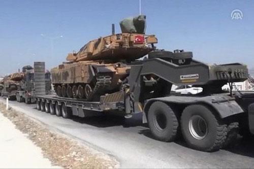 Hãng thông tấn SANA cho biết, quân chủ lực của Thổ Nhĩ Kỳ hôm 9-2 đã hành quân đến căn cứ không quân Taftanaz, nằm cách thị trấn Taftanaz thuộc tỉnh Idlib của Syria 2,7 km về phía Nam