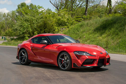 Xe thể thao: Toyota Supra 2020 (giá khởi điểm: 49.990 USD).