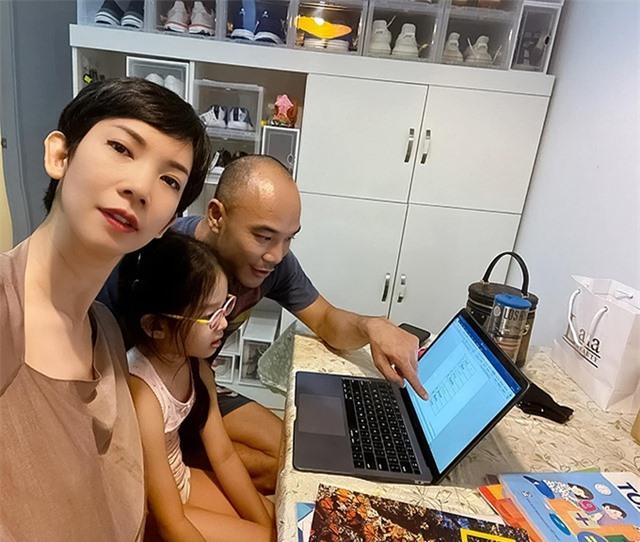 Sao Việt xoay sở trông con ra sao trong mùa dịch corona? - 2