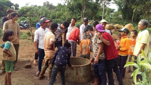 Giếng nước của gia đình anh Pyin (Gia Lai) đột nhiên hóa sôi 70 độ gây xôn xao